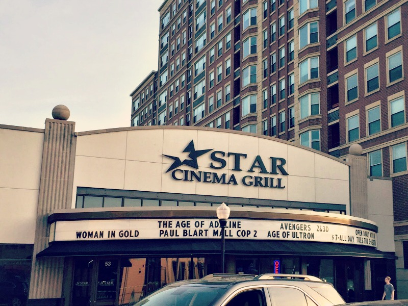 Star Cinema Grill Outside