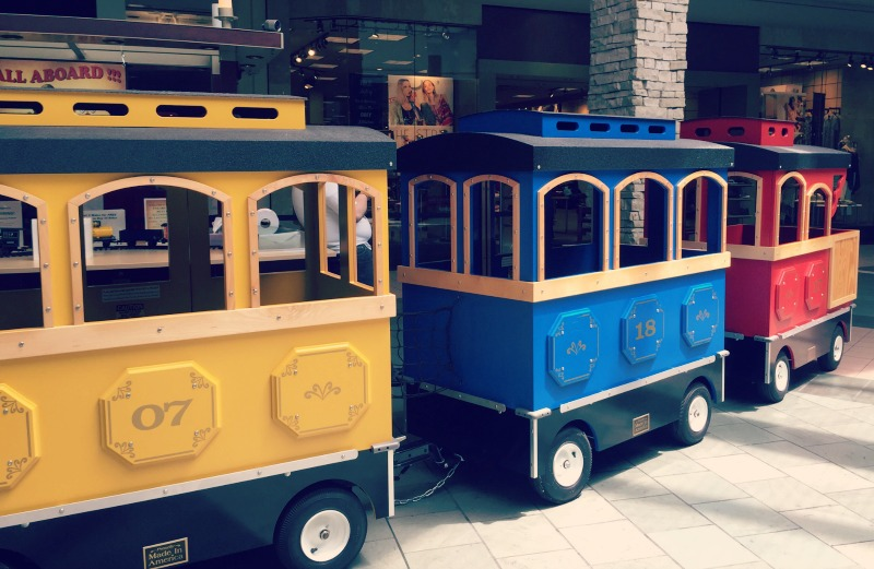 Spring Hill Mall West Dundee Train