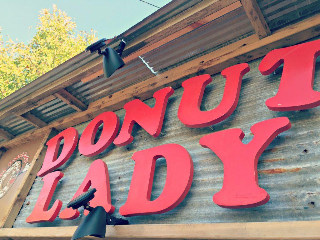 konows-corn-maze-donut-lady