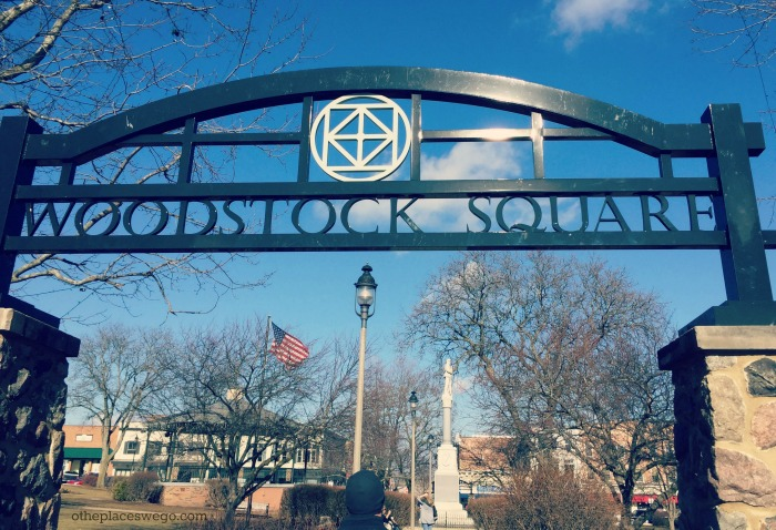 A walking tour of downtown Woodstock Illinois
