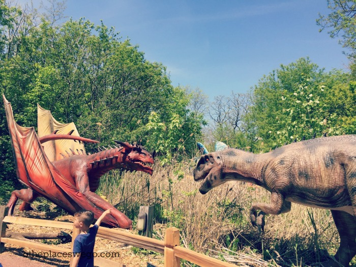 Brookfield Zoo Dinosaurs - Dinos vs Dragons