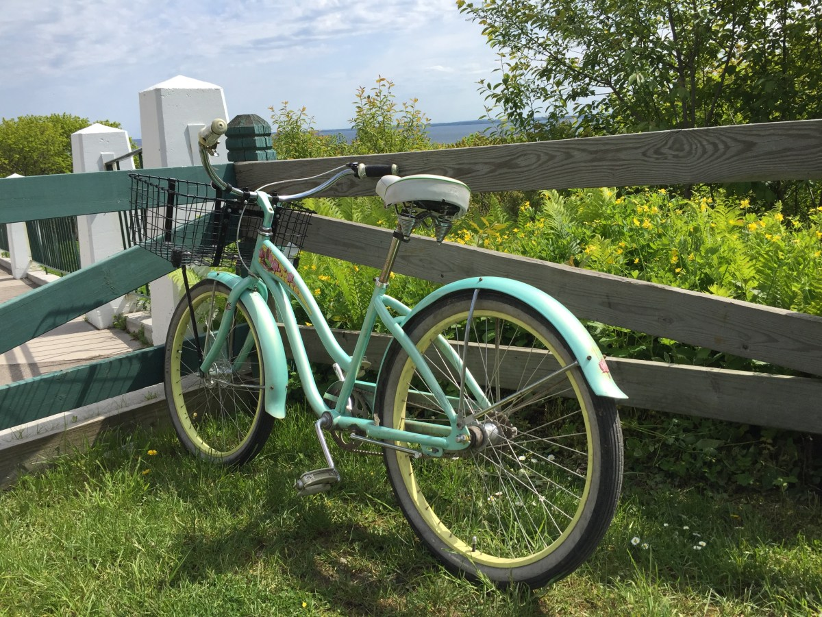 A Photo Tour: Biking around Mackinac Island