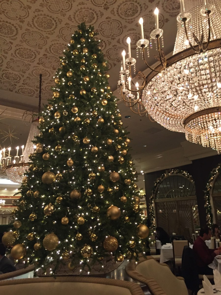 Holiday Family Fun: Christmas Brunch with Santa at Drury Lane