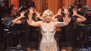 lady-gaga-snl-monologue-600x3371