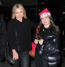 Kelly Ripa and daughter Lola