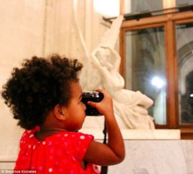 1413127794841_wps_42_beyonc_knowles_and_jay_z_