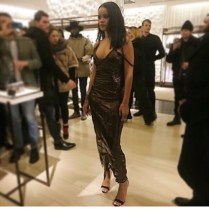 RihannaFendi8
