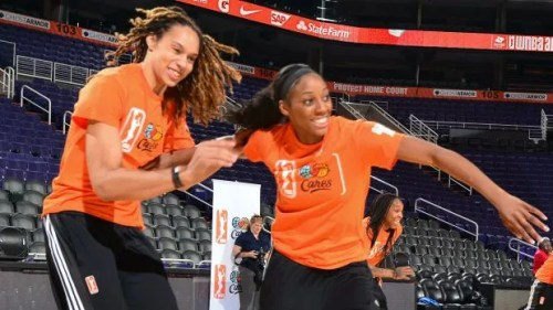 050915-WNBA-Brittney-Griner-Glory-Johnson-LN-PI.vadapt.620.high.0