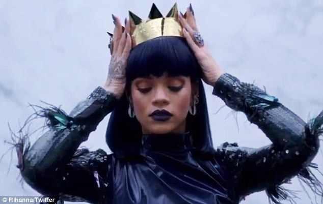 Rihanna teaser R8