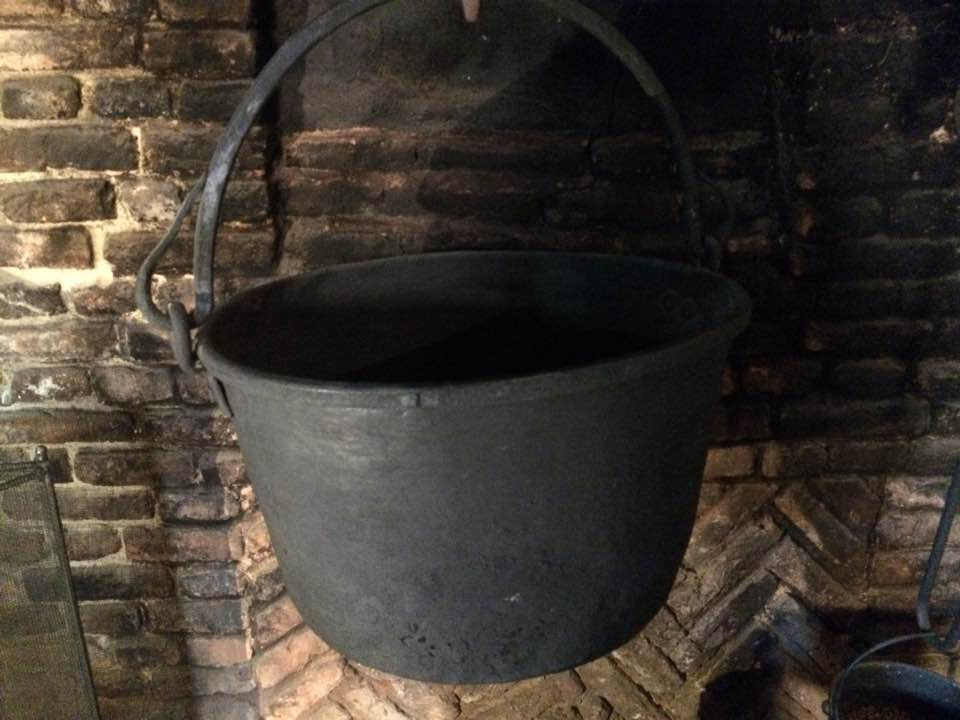 Cauldrons can be used to burn spell remnants.