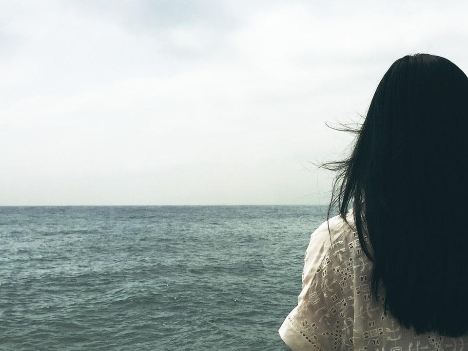 Bathing in the ocean is a delightful way to break a curse.