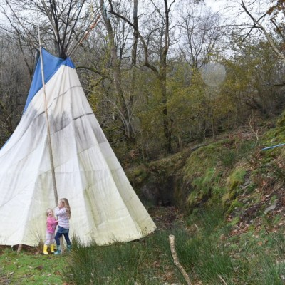 Eco Retreats in Wales, a family friendly glamping site