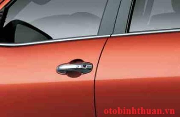 đánh giá chi tiết xe hilux