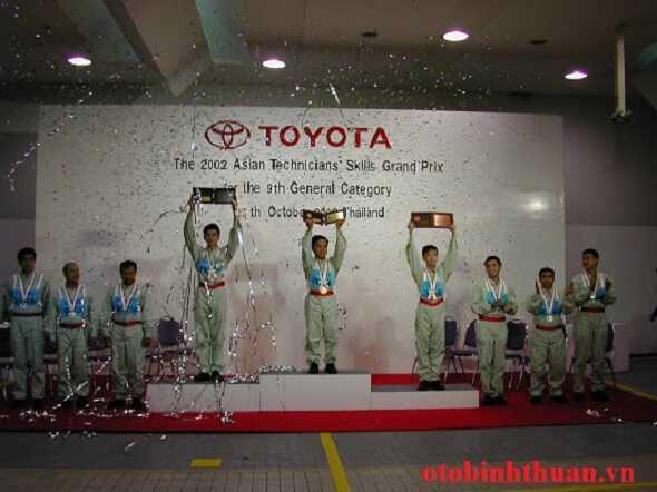 Hotline Toyota Bien Hoa Dong Nai otobinhthuan vn