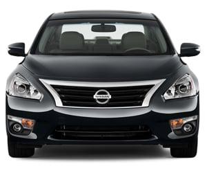 Hang xe hoi Nissan