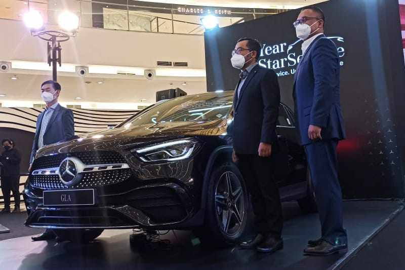 Dua Mobil Terbaru Mercedes-Benz