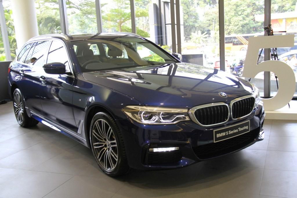 Karateristik Sporty All-new BMW 530i Touring