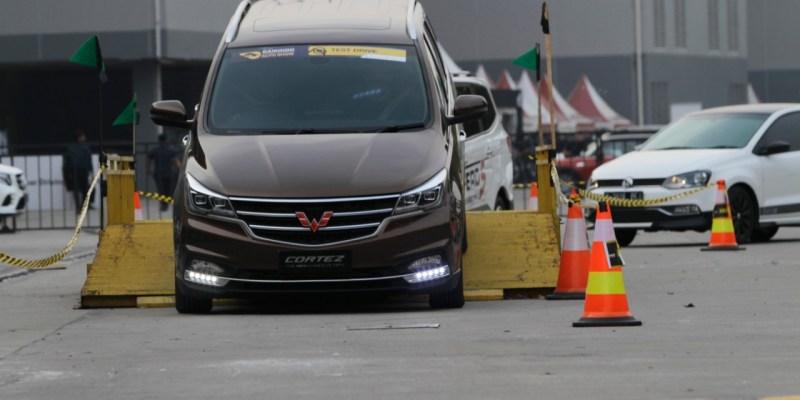 Wuling Cortez Bikin Kepincut Pengunjung Test Drive