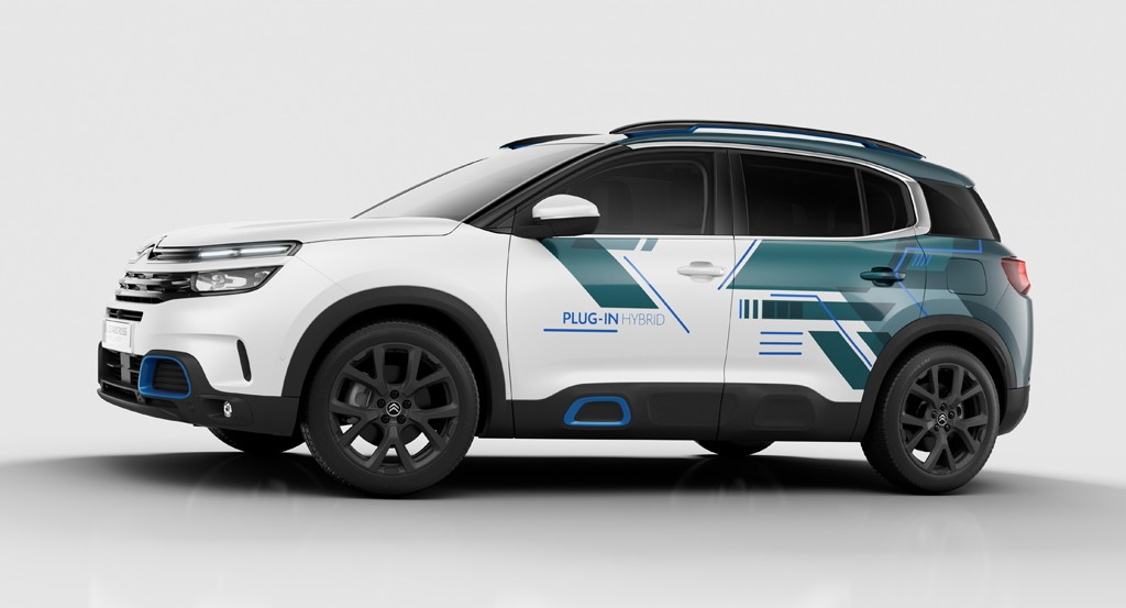 Citroen C5 Aircross SUV usung 'Inspire By You'