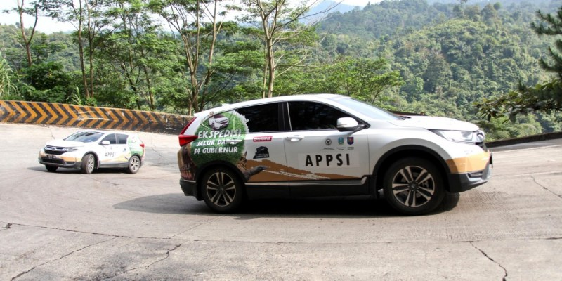 Jelajah Nusantara All New CR-V Turbo Tiba di Padang