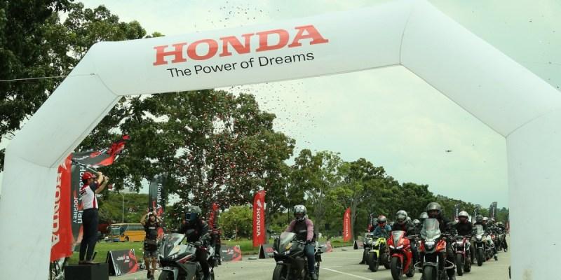 Keseruan Bikers Indonesia Jelajahi Malaysia dengan Big Bike Honda