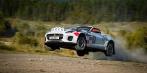 Jaguar F-Type Convertible, Bisa Terbang!