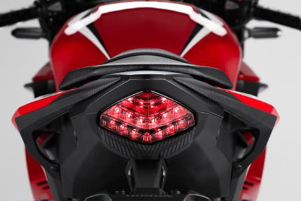 Honda CBR400R, Buat Pengendara Serius