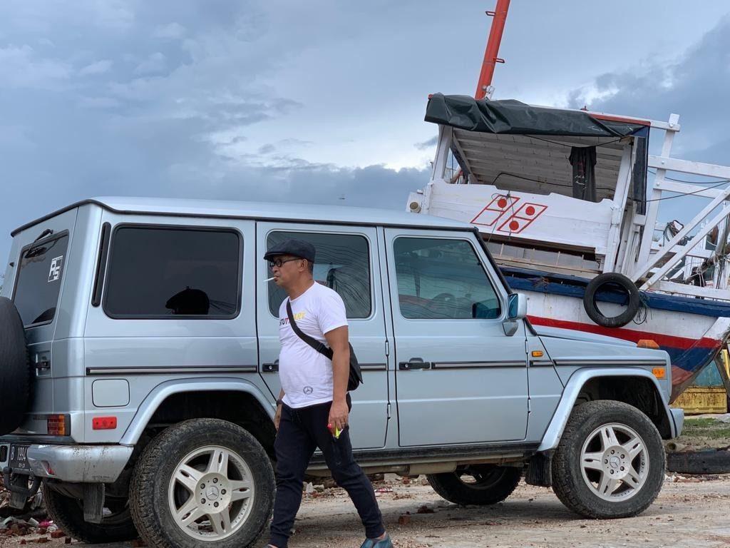 MJI Berikan Bantuan Perahu Kepada Korban Tsunami di Banten