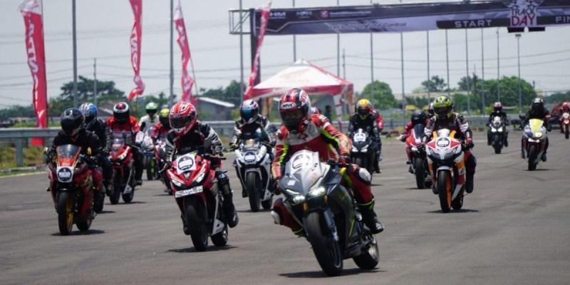 AHM Ajak Pecinta Honda CBR Series Balap di Lintasan