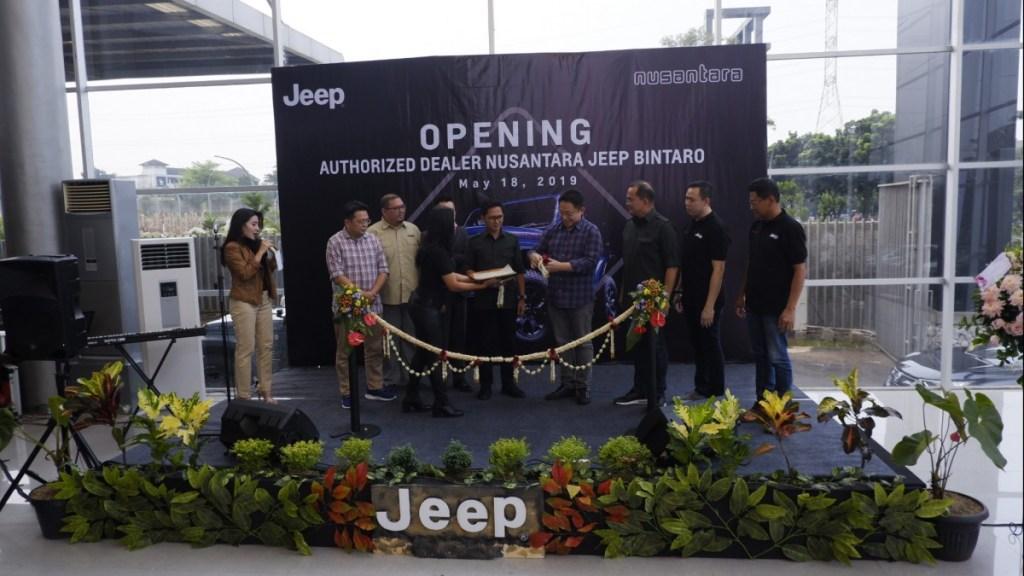 Hascar dan Nusantara Group Buka Diler Jeep Bintaro