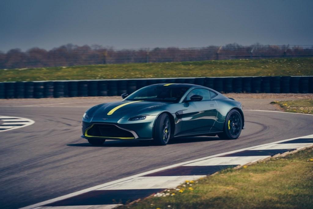 Aston Martin Vantage AMR, Khusus Pencinta 3 Pedal