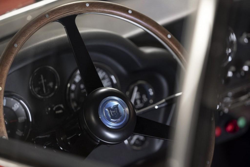 Aston Martin DB4 GT Zagato Continuation Nongol di Le Mans 2019