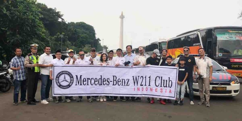 Ngabuburit Ala Mercedes-Benz W211 Club Indonesia