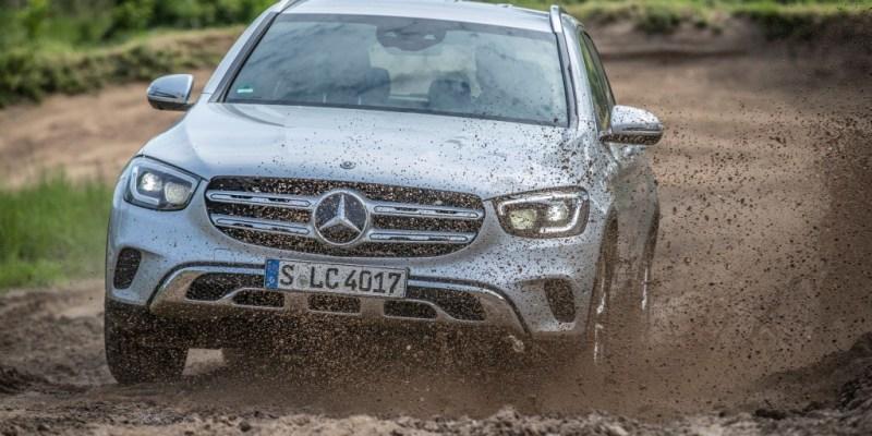 Mercedes-Benz GLC Juga Berani Main Offroad