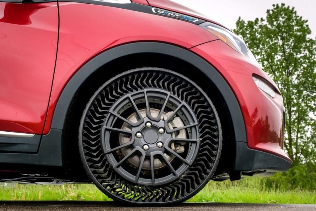 Michelin Uptis, Ban Mobil Tanpa Angin