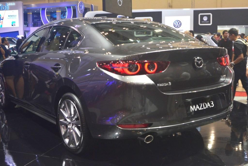 All New Mazda3 Kena Recall Lagi, Kini Sandaran Kepala