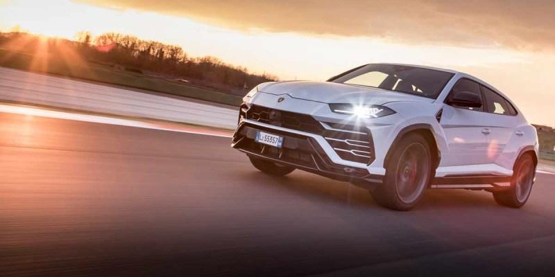Lamborghini Urus Bawa Penjualan Meroket 96%