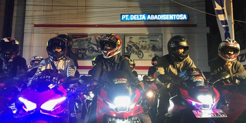 Ratusan Bikers Banjamasin Meriahkan Suzuki Satuday Night Ride