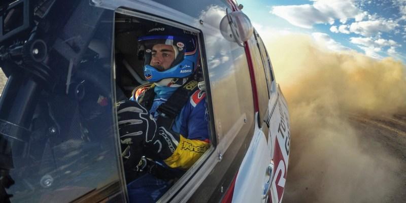 Fernando Alonso akan Geber Toyota Hilux Dakar