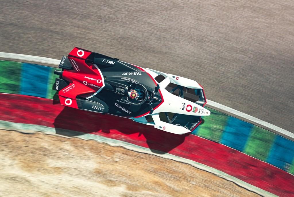 Ini Dia Mobil Balap Formula E Porsche 99X Electric
