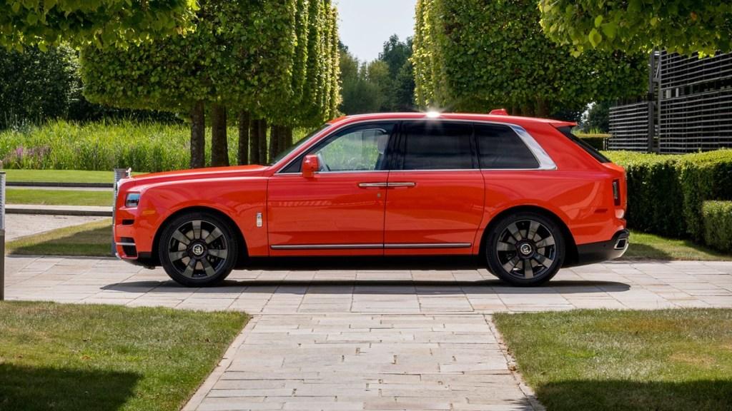 Rolls-Royce Cullinan Kena Recall, Ini Masalahnya