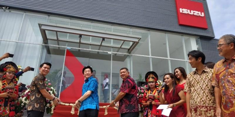 Perkuat Jaringan, Isuzu Resmikan Outlet Baru di Cirebon