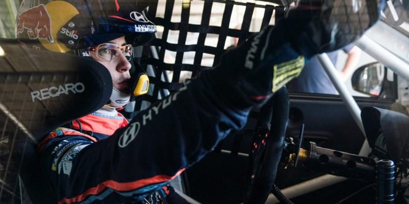 Thierry Neuville Ikutan ADAC TCR Germany, Jenuh WRC?