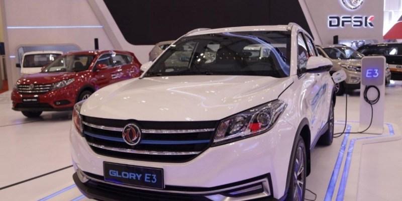DFSK Hadirkan Glory E3 Pada Pameran Mobil Listrik di Monas