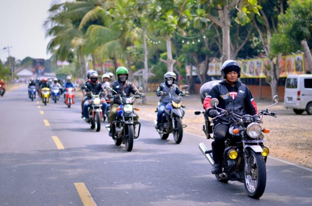 Komunitas Motor Klasik dan Custom Galang Dana Bantuan Bencana