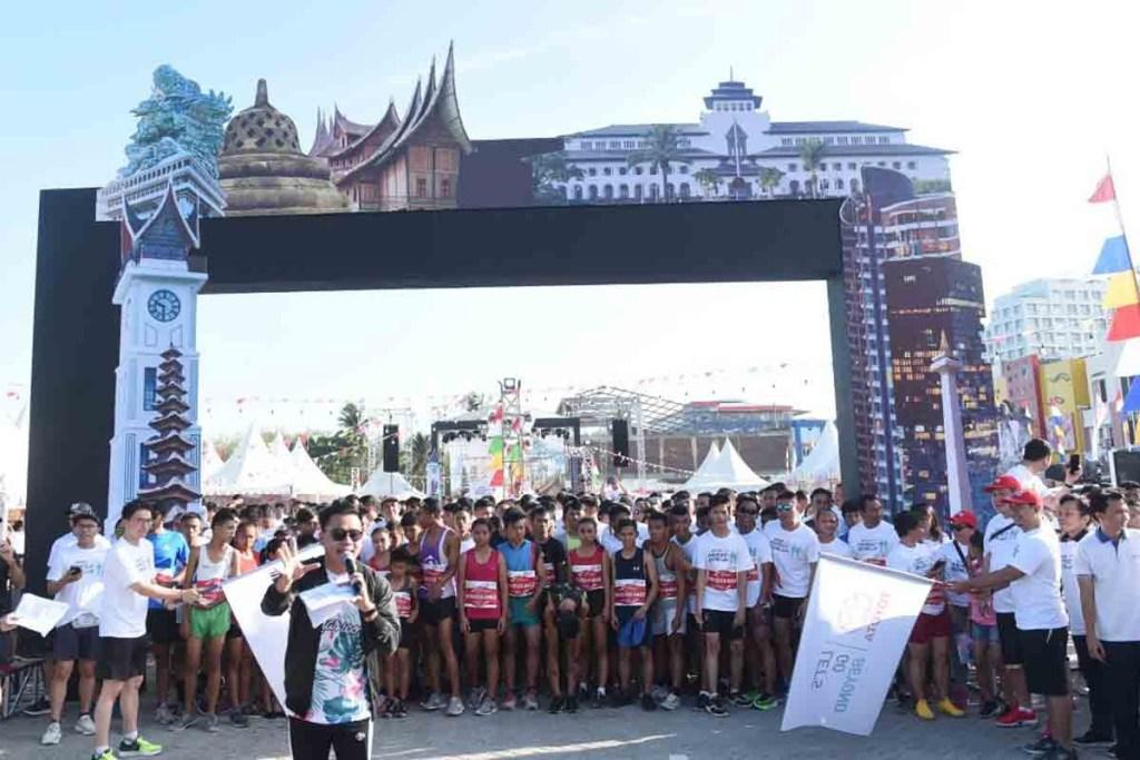 Antusiasme Masyarakat Manado Hadiri Festival Avanza-Veloz
