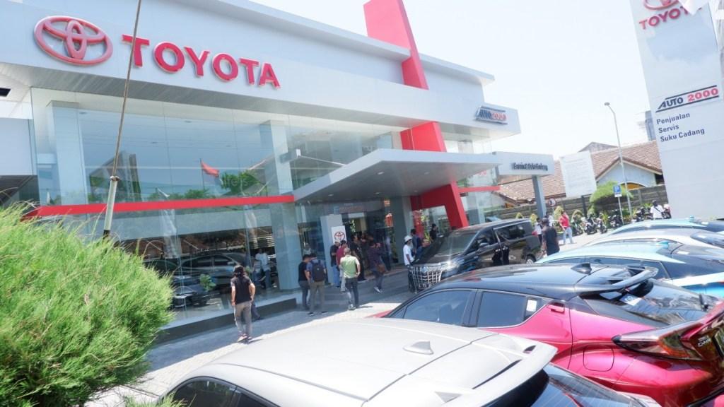Perawatan Toyota C-HR Hybrid Hanya Beda di Item Ini!