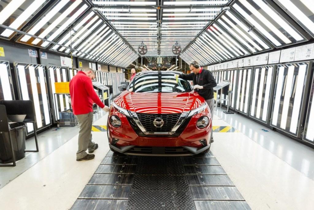 Nissan Juke Generasi Kedua Masuk Jalur Produksi