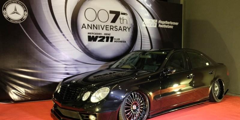 Bergaya Ala James Bond di Ulang Tahun MB W211 CI ke-007