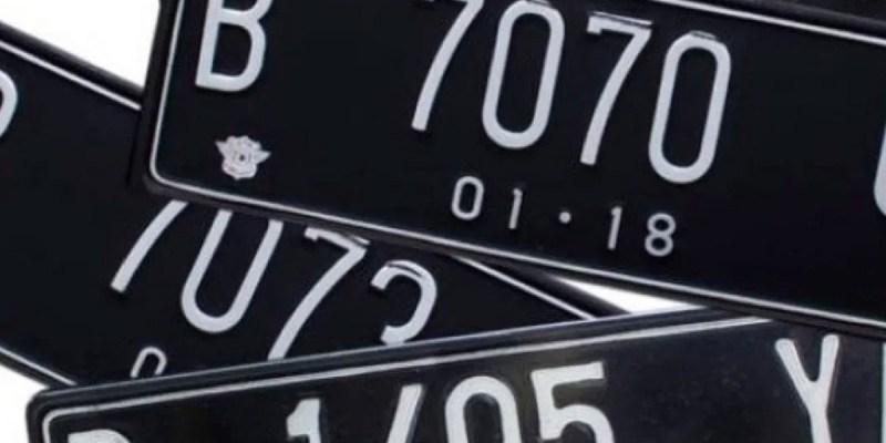 Wacana Perbedaan Plat Nomor Mobil Listrik